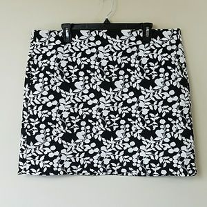 Ann Taylor LOFT Factory Black & White Skirt